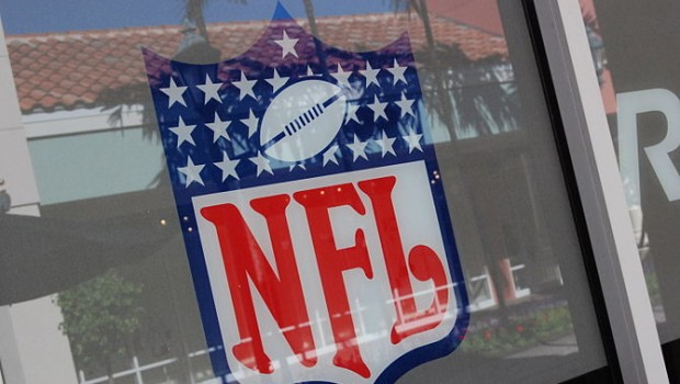 NFL Opens The Pay Fantasy Door For Teams