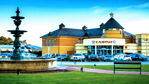 Celebrity Cash Kings Return to the King's Casino