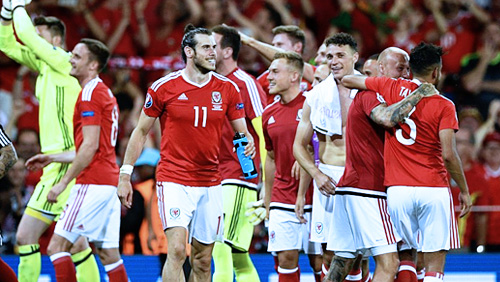 Euro 2016 Review: France and Wales Top Groups A & B; Switzerland & England Qualify as Runners-Up