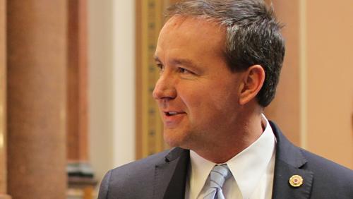 Iowa Senator plans to revive dead fantasy sports betting bill