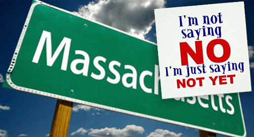 Commission urges Massachusetts to hold off online poker, casino legalization … for now