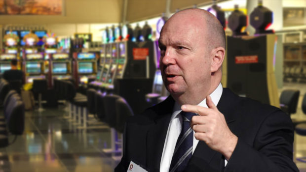 Woolsworth boss rejects calls to introduce AU$1 bet limits