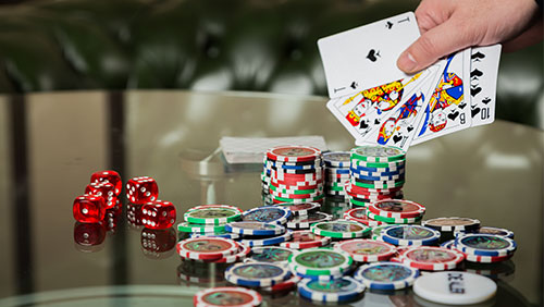 Tap tap tap: The prodding of live poker tournament pain