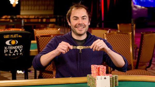 WSOP Day 1 review: Elio Fox wins the first bracelet, Boom! Boom!
