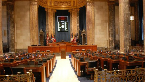 Sports betting debate continues as Louisiana plays catch-up with Mississippi