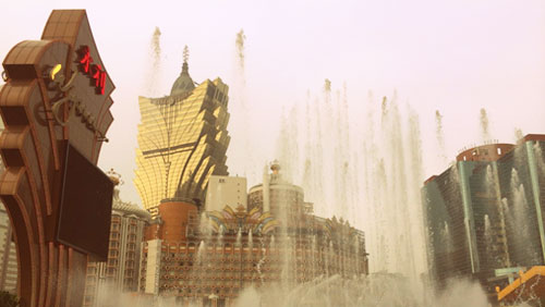 Macau grants SJM and MGM extensions to 2022