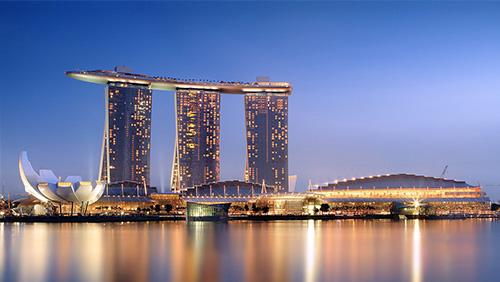 Marina Bay shopping around for $6 billion in loans