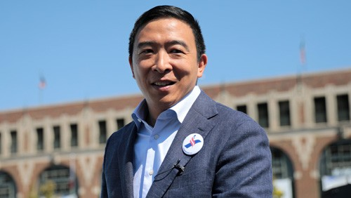 Andrew Yang links loot boxes to gambling, calls for regulation